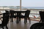 столове от бамбук за голям хотел